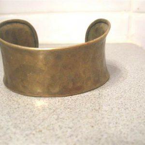 Vintage Hand Hammered Beaten Metal Gold Tone Brass Copper Open Women's Bracelet